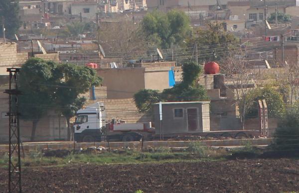 Kamışlı'daki teröristlere zırhlı nöbet kulübeleri