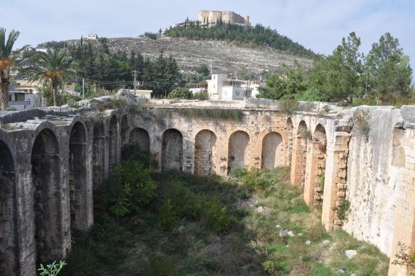 Mersin'deki tarihi su sarnıcının bakımsız hali