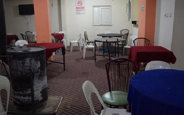 Kahvede duvara gizlenen kumar düzeneği bulundu