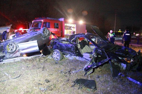 Sakarya'da trafik kazası: 1 ölü 3 yaralı