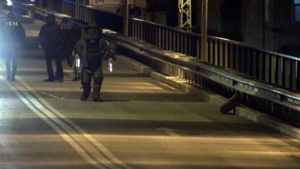 Köprüde bomba paniği