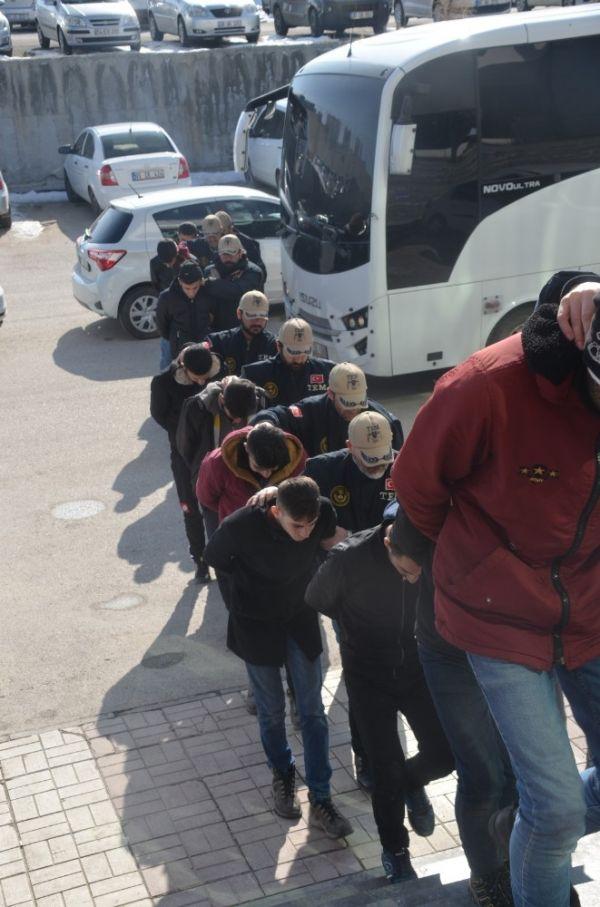 Van'da terör operasyonları: 57 gözaltı