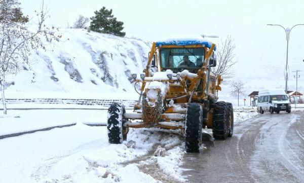 Elazığ'da 70 köy yolu tekrar ulaşıma açıldı