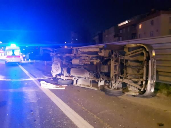 Tem Otoyolu'nda trafik kazası: 4 yaralı