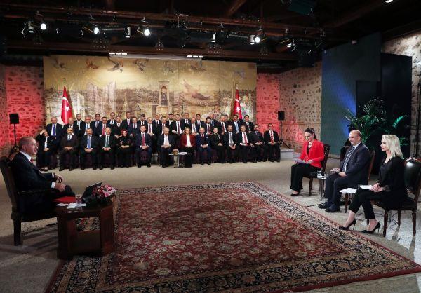 Erdoğan, AK Parti İstanbul adaylarıyla gündemi yorumladı
