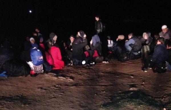 Sahil güvenlik ekipleri göçmenleri karada buldu