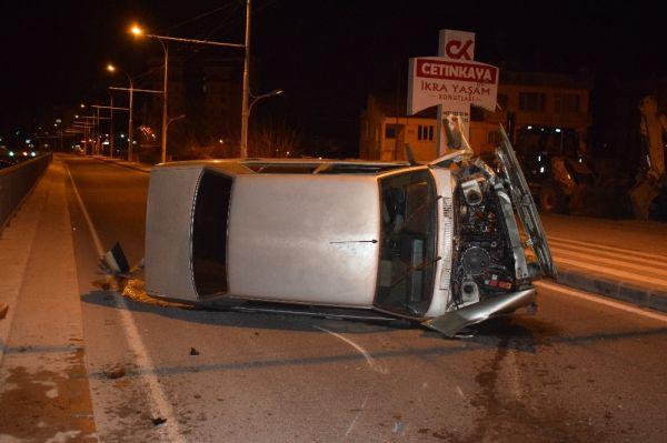 Dayısından izinsiz aldığı araç ile kaza yaptı: 1 yaralı