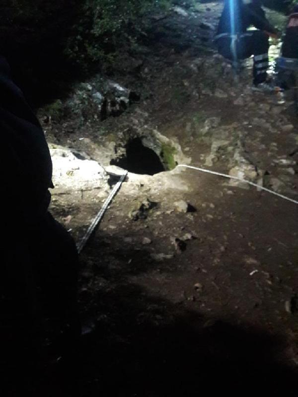 Bursa'da 7 defineci mağarada mahsur kaldı