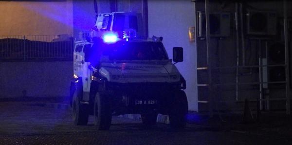 Hakkari'de askeri üs bölgesine saldırı: Şehit ve yaralılar var