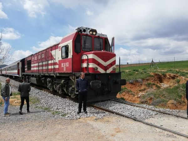 Uşak'ta tren kazası: 2 ağır yaralı