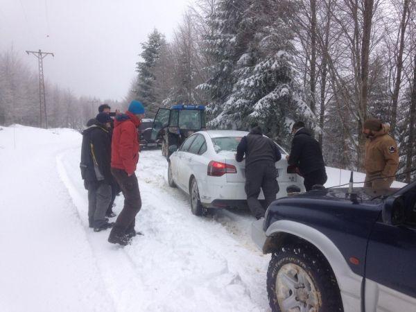 Yaylada kar nedeniyle mahsur kaldılar