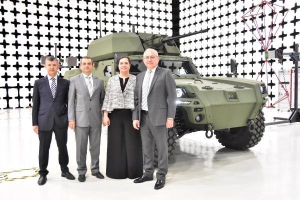 Türkiye'nin ilk elektrikli zırhlı aracı Akrep II tanıtıldı