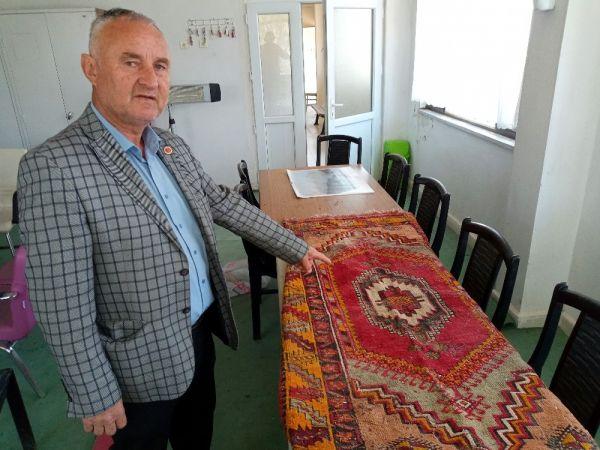 Bursa'da 5 asırlık halı gündem oldu