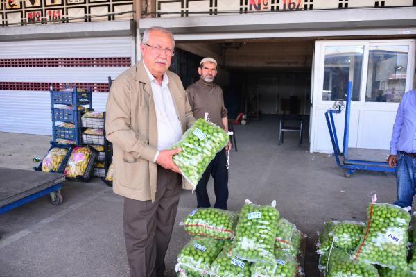 Adana sebze halinde soğanın kilosu 75 kuruşa indi