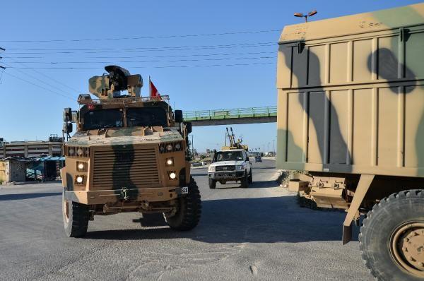 TSK konvoyundan, İdlib'de devriyede