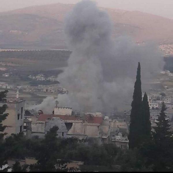 Suriye ordusu pazar yerini bombaladı: 5 ölü