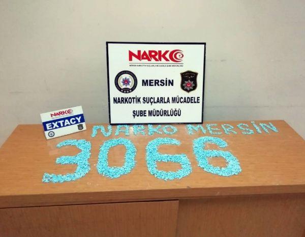 Mersin'de 3 bin adet uyuşturucu hap ele geçirildi