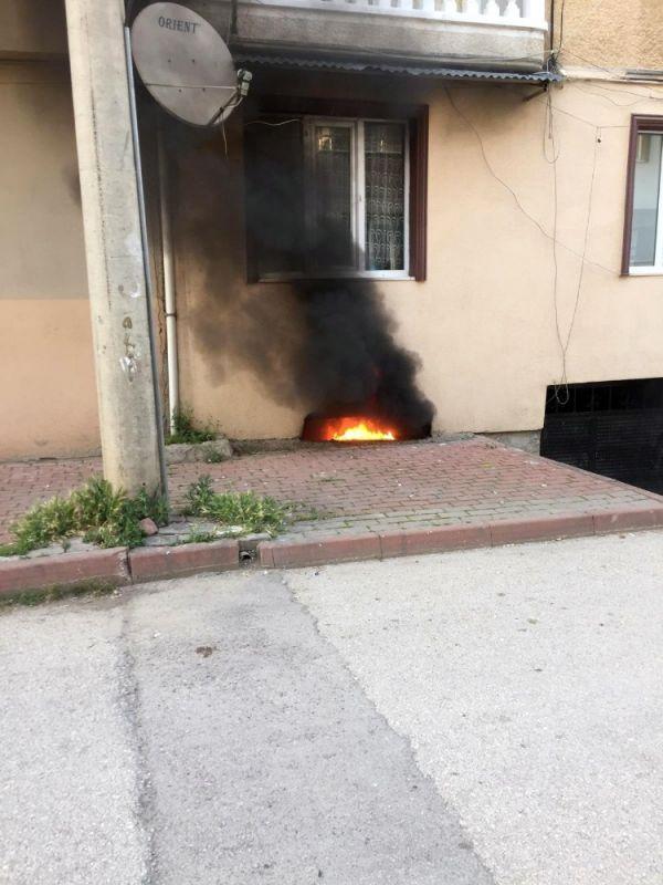 Çocukların torpille oyunu yangınla bitti