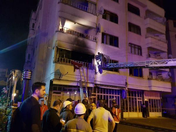 Zonguldak'ta 5 katlı binada yangın