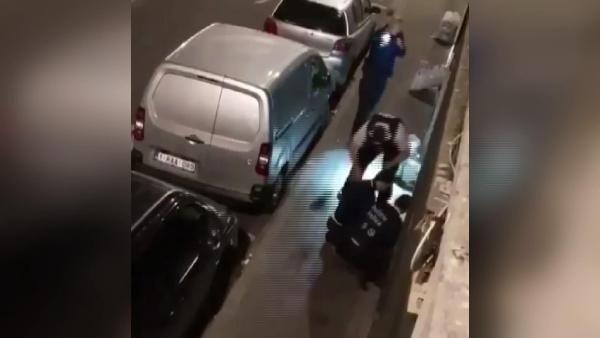 Belçika'da polis memurunun şiddeti kamerada