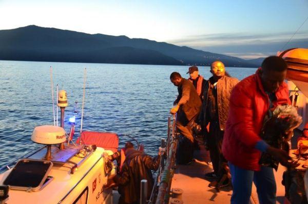 İzmir'de 46'sı çocuk 170 düzensiz göçmen yakalandı