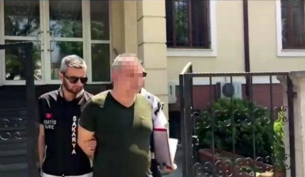 36 bin kadını dolandıran zanlılar Sakarya'da yakalandı