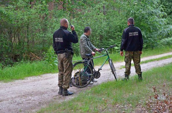 Bisikletli Türk, Polonya'ya kaçak girmeye çalıştı