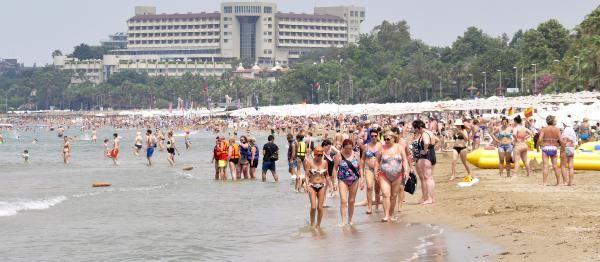 Bayram bitti, Side plajları yabancı turistlerle doldu
