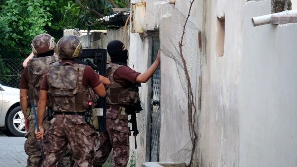 Adana merkezli 3 ile şafak vakti DEAŞ operasyonu