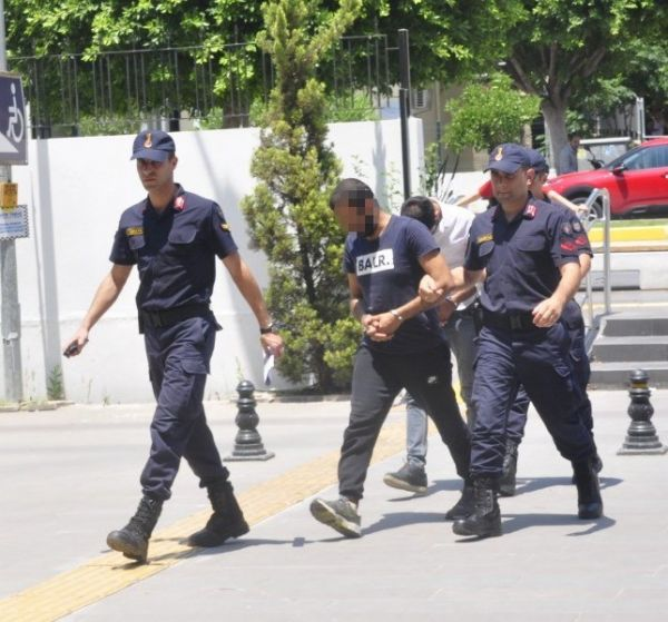 Antalya'da uyuşturucu operasyonu: 2 tutuklama