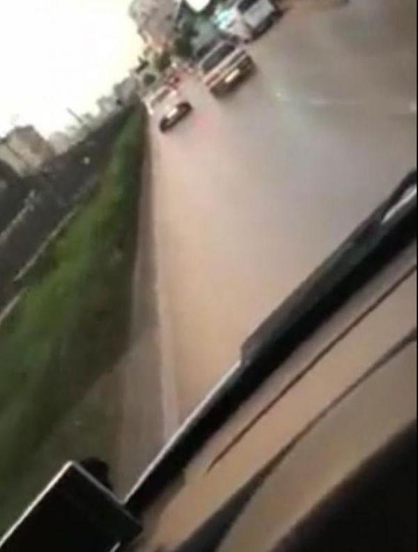 Adana'da ambulansa yol vermeyen sürücü
