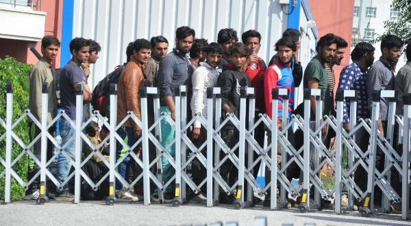 500 dolar karşılığında Türkiye'ye gelen kaçak göçmenler