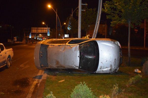 Malatya'da ehliyetsiz sürücü kaza yaptı
