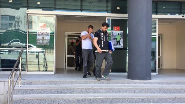 Bursa'da uyuşturucu satıcılarından emniyet çıkışı slogan