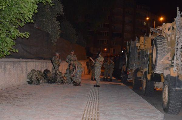 Suriye sınırına komando takviyesi