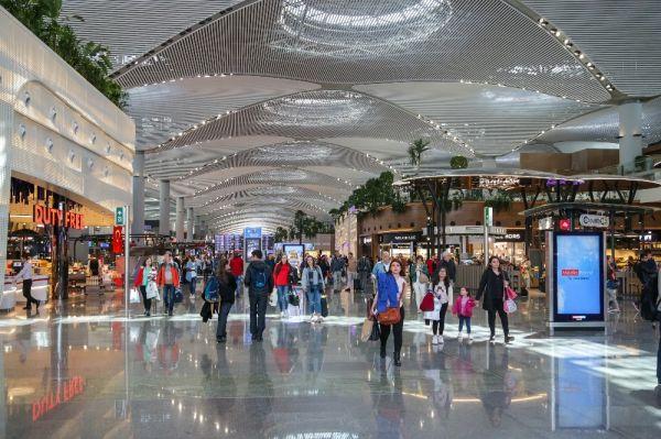 İstanbul Havalimanı, yolcu sayısında rekorunu yeniledi