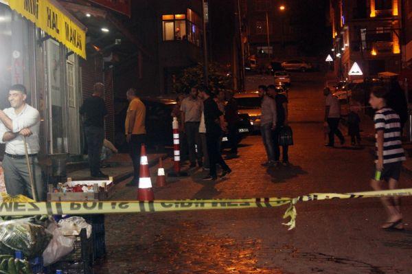 Beyoğlu'nda motosikletli magandalar silahla dehşet saçtı