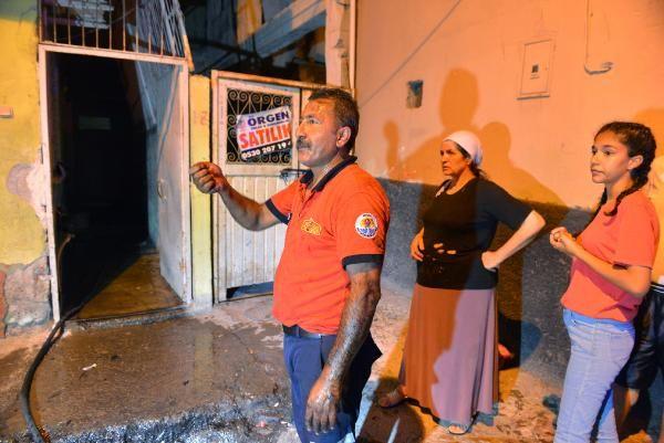 Adana'da yangında 3 kişi dumandan etkilendi