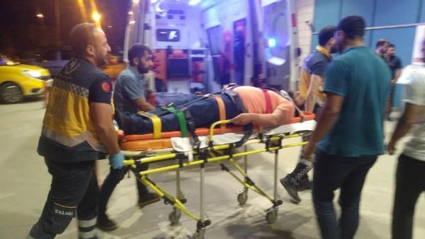 Bursa'da kaza: Minibüs tarlaya savruldu