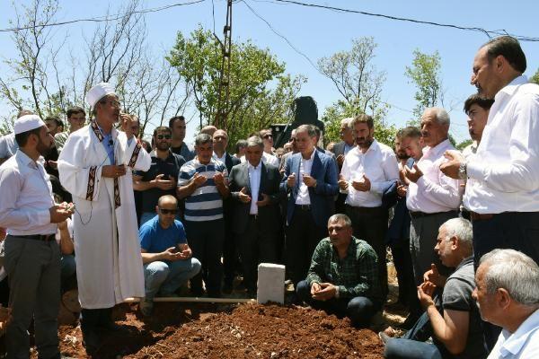 Abdullah Gül Şanlıurfa'da cenazeye katıldı