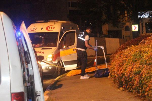 Beyoğlu'nda sokak ortasında ceset bulundu