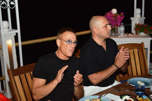Jean Claude Van Damme Türkiye'yi öve öve bitiremedi