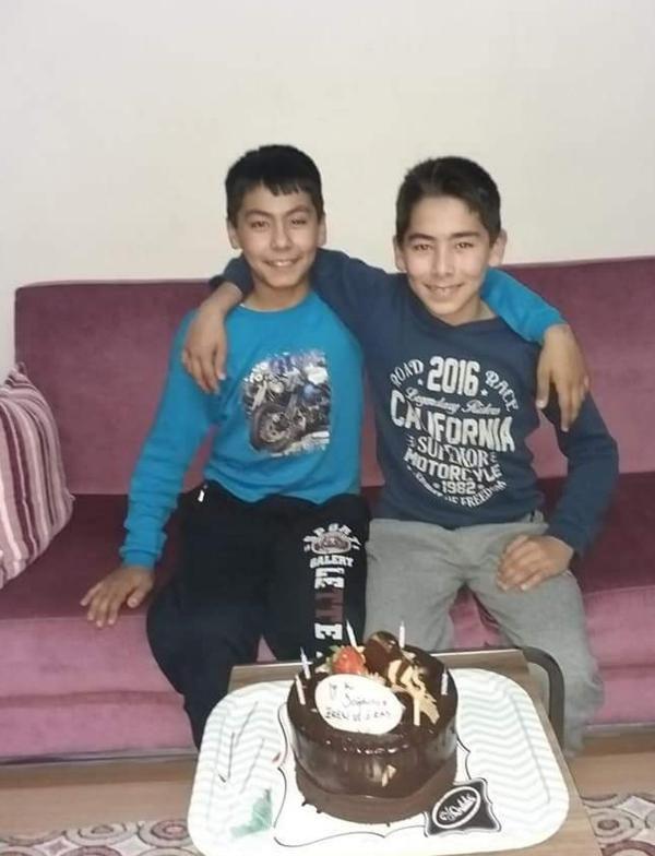 Manisa'da 13 yaşındaki ikizler gölette boğuldu