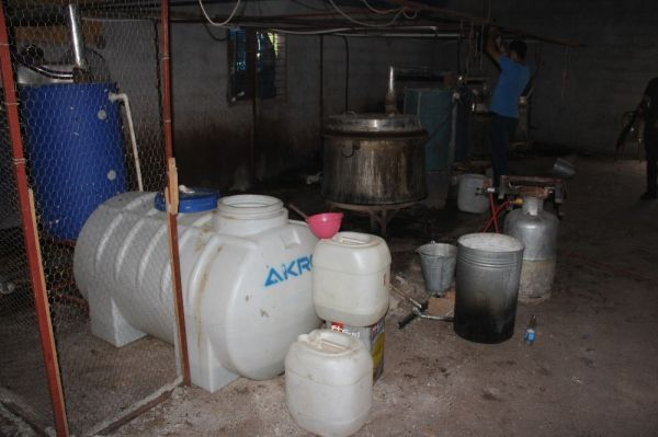 Adana'da kaçak içki bilançosu: 22 bin 360 litre