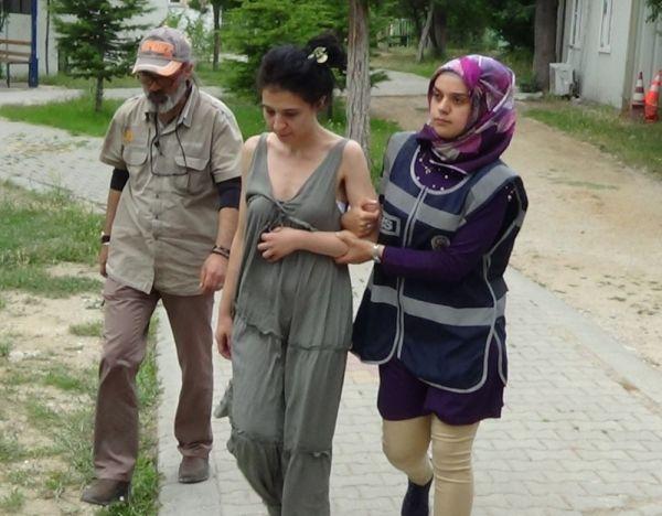 Antalya'da sütyenli düzenekle soygun 'pes' dedirtti