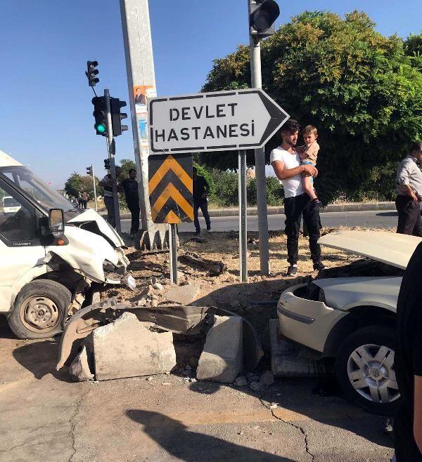 Van Erciş'de kaza: 6 yaralı