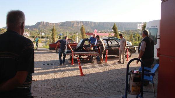Mersin'de traktör devrildi: 10 yaralı
