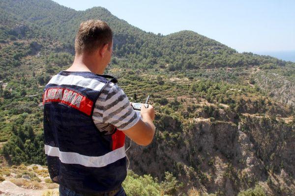 Fethiye'de kayalıklardan düşen Polonyalı turist hayatını kaybetti