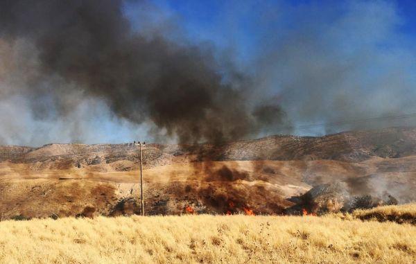 Batman'da anız yangını 10 köyü enerjisiz bıraktı