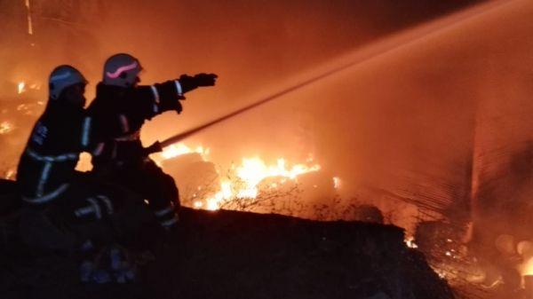 Tekirdağ'da fabrikadaki yangın kontrol altına alındı